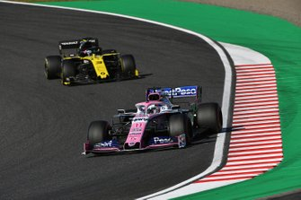 Sergio Perez, Racing Point RP19, Daniel Ricciardo, Renault F1 Team R.S.19