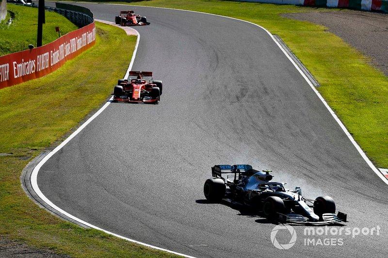 vValtteri Bottas, Mercedes AMG W10, leads Sebastian Vettel, Ferrari SF90, and Charles Leclerc, Ferrari SF90