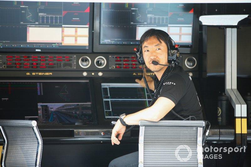 أيوا كوماتسو، رئيس مهندسي السباقات بفريق هاس