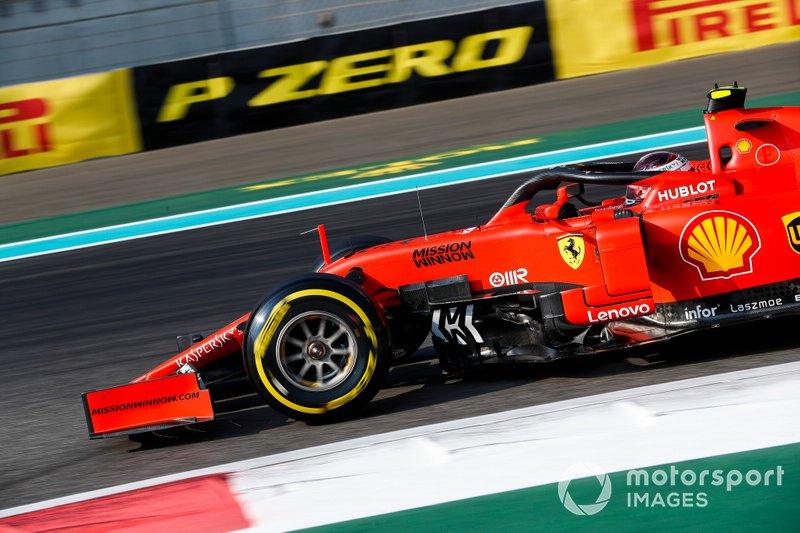 Ferrari – победа у Леклера