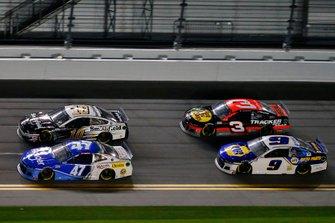 Ricky Stenhouse Jr., JTG Daugherty Racing, Chevrolet Camaro Kroger, Aric Almirola, Stewart-Haas Racing, Ford Mustang Smithfield