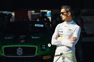 #8 Bentley Team M-Sport Bentley Continental GT3: Oliver Jarvis