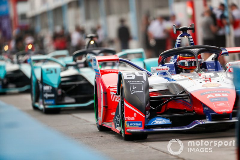 Jérôme d'Ambrosio, Mahindra Racing, M6Electro exits the pit lane