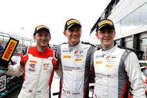 Pole sitter #31 Frikadelli Racing Team Porsche 911 GT3 R: Dennis Olsen, Mathieu Jaminet, Nick Tandy