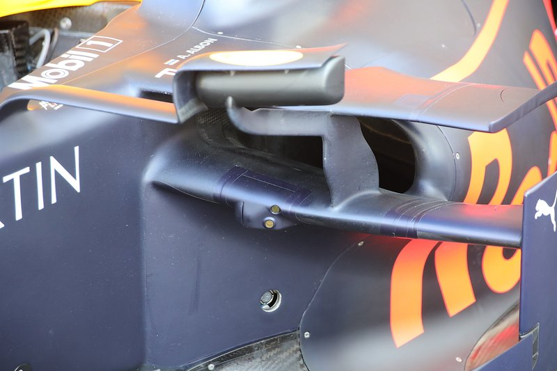 Pontones del Red Bull Racing RB15