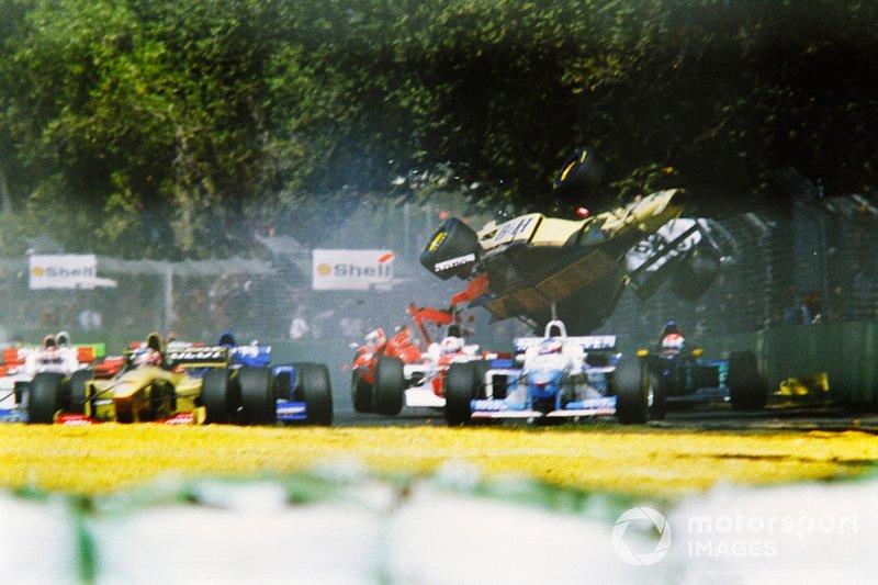 Choque de Martin Brundle, Jordan Peugeot