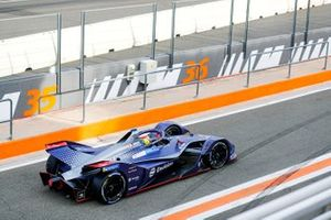 Robin Frijns, Envision Virgin Racing, Audi e-tron FE06 in the pit lane