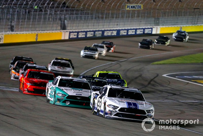 Chase Briscoe, Stewart-Haas Racing, Ford Mustang Ford Performance Racing School and Austin Cindric, Team Penske, Ford Mustang MoneyLion