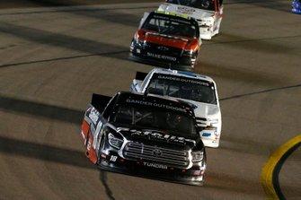 Harrison Burton, Kyle Busch Motorsports, Toyota Tundra Safelite AutoGlass and Ty Majeski, Niece Motorsports, Chevrolet Silverado
