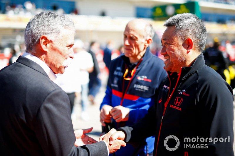 Chase Carey, Chairman, Formula 1, and Masashi Yamamoto, General Manager, Honda Motorsport