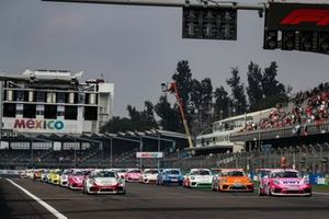 Start des Porsche-Supercup in Mexico City