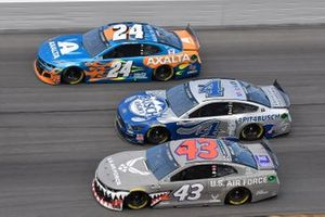 Kevin Harvick, Stewart-Haas Racing, Ford Mustang Busch Light PIT4BUS