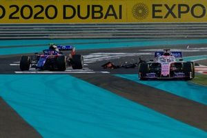 Pierre Gasly, Toro Rosso STR14, Sergio Perez, Racing Point RP19