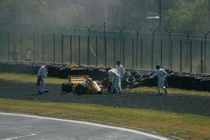 Ayrton Senna, Lotus 99T, crashes