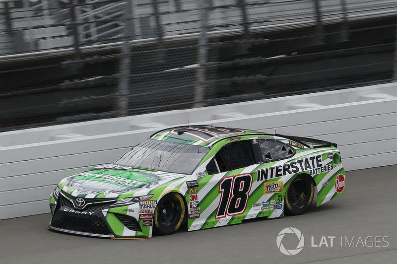 2. Kyle Busch, Joe Gibbs Racing, Toyota Camry Interstate Batteries