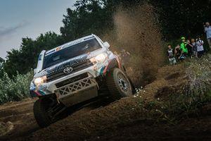 Владимир Васильев, Константин Жильцов, Toyota Hilux Overdrive