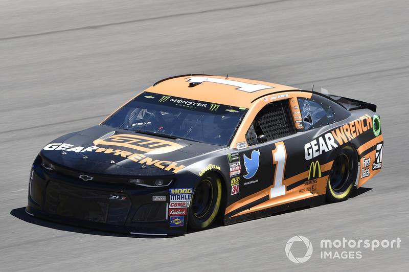 12. Jamie McMurray, Chip Ganassi Racing, Chevrolet Camaro GEARWRENCH
