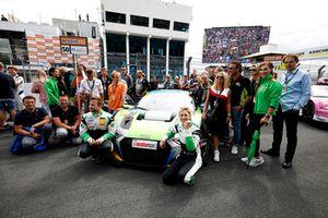 #50 YACO Racing Audi R8 LMS: Philip Geipel, Rahel Frey