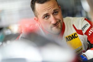 #31 Frikadelli Racing Team Porsche 911 GT3 R: Lance David Arnold
