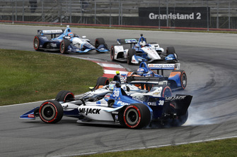 Max Chilton, Carlin Chevrolet spins Takuma Sato, Rahal Letterman Lanigan Racing Honda, accidente