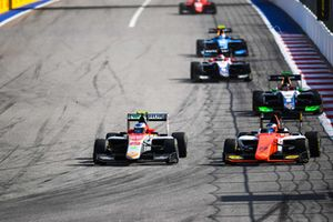 Симо Лааксонен, Campos Racing, и Рихард Версхор, MP Motorsport