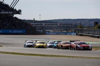 René Rast, Audi Sport Team Rosberg, Audi RS 5 DTM leidt na de start