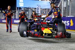 Daniel Ricciardo, Red Bull Racing RB14, in griglia di partenzathe grid