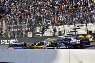 Kyle Busch, Joe Gibbs Racing, Toyota Camry M&M's White Chocolate,