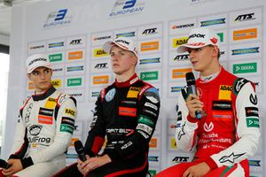 Press conference, Alex Palou, Hitech Bullfrog GP Dallara F317 - Mercedes-Benz, Jüri Vips, Motopark Dallara F317 - Volkswagen, Mick Schumacher, PREMA Theodore Racing Dallara F317 - Mercedes-Benz