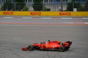 Sebastian Vettel, Ferrari SF90, runs wide