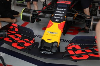 Red Bull Racing RB15, front nose
