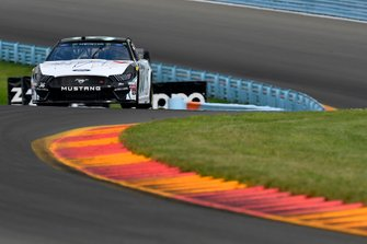 Matt Tifft, Front Row Motorsports, Ford Mustang Maui Jim / Surface Sunscreen
