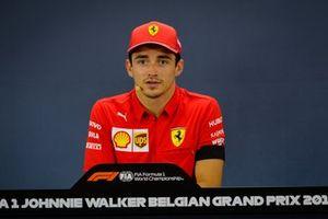 Le vainqueur Charles Leclerc, Ferrari lors de la conférence de presse