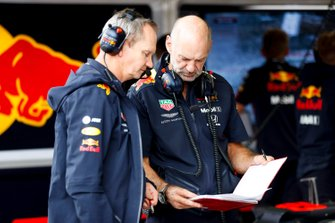 Paul Monaghan, Chief Engineer, Red Bull Racing, e Adrian Newey, Chief Technical Officer, Red Bull Racing