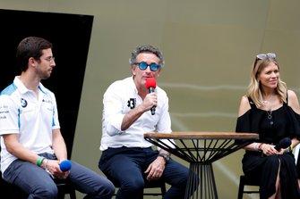 Alexander Sims, Alejandro Agag y Nicki Shields hablan con los medios de comunicación