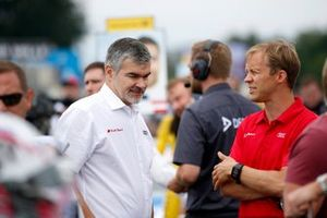Dieter Gass, jefe de Audi Sport y Mattias Ekström