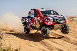 #305 Toyota Gazoo Racing Toyota Hilux: Giniel de Villiers, Alex Haro
