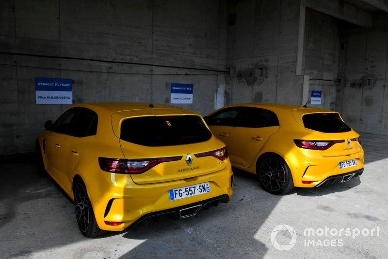 سيارتا نيكو هلكنبرغ، رينو ودانيال ريكاردو، رينو