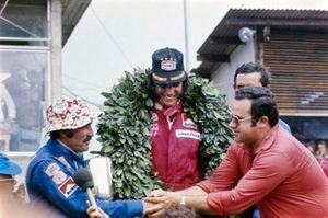 Emerson Fittipaldi, McLaren, Clay Regazzoni, Ferrari, Jacky Ickx, Lotus, al GP del Brasile del 1974