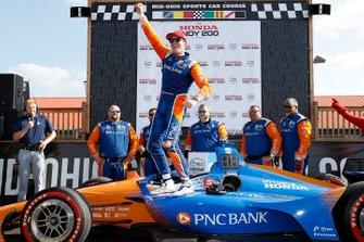 Победитель Скотт Диксон, Chip Ganassi Racing Honda
