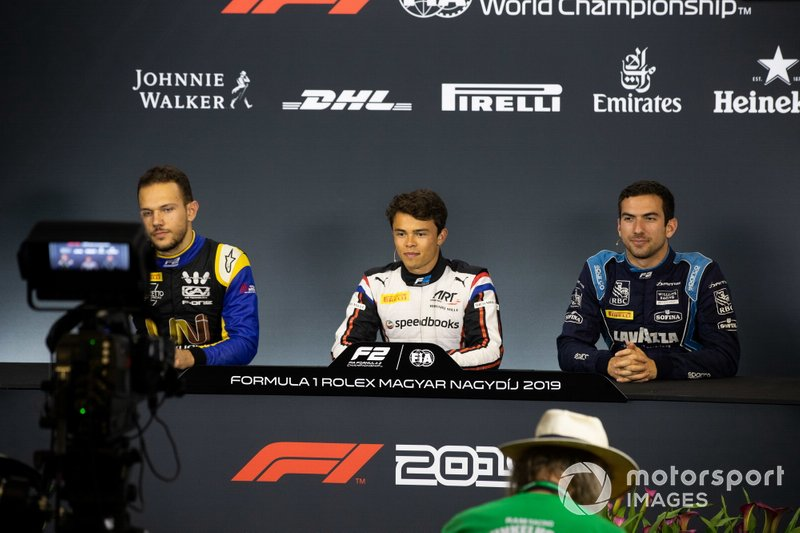 Luca Ghiotto, UNI Virtuosi Racing Nyck De Vries, ART Grand Prix and Nicholas Latifi, Dams