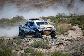 Эрик ван Лон и Себастьян Делоне, Overdrive Racing, Toyota Hilux (№205)