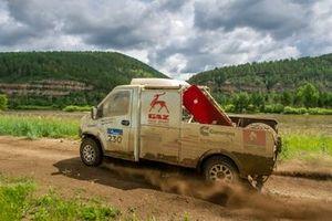 Evgeny Sukhovenko y Kirill Chapaev, GAZ Raid Sport, GAZ 33027 (№230)