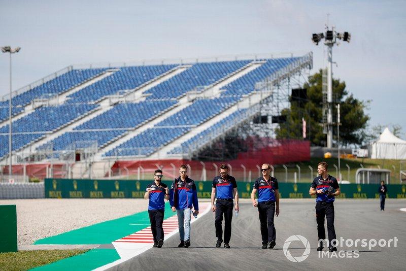 Daniil Kvyat, Toro Rosso fait un trackwalk