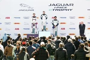 Bryan Sellers, Rahal Letterman Lanigan Racing, 1st position, Stefan Rzadzinski, TWR TECHEETAH, 2nd position, Sérgio Jimenez, Jaguar Brazil Racing, 3rd position, on the podium