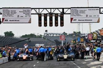 Marcus Ericsson, Arrow Schmidt Peterson Motorsports Honda gana la competencia en boxes sobre Scott Dixon, Chip Ganassi Racing Honda