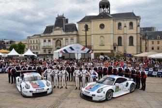 #93 Porsche GT Team Porsche 911 RSR: Patrick Pilet, Nick Tandy, Earl Bamber; #94 Porsche GT Team Porsche 911 RSR: Sven Müller, Mathieu Jaminet, Dennis Olsen