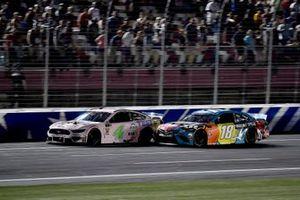 Kevin Harvick, Stewart-Haas Racing, Ford Mustang Busch Beer Millennial Car and Kyle Busch, Joe Gibbs Racing, Toyota Camry M&M's Hazelnut