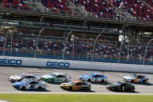 Alex Bowman, Hendrick Motorsports, Chevrolet Camaro Nationwide and Denny Hamlin, Joe Gibbs Racing, Toyota Camry FedEx Express