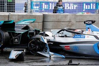 Столкновение Алекса Линна, Panasonic Jaguar Racing, Jaguar I-Type 3 и Эдоардо Мортары, Venturi Formula E, Venturi VFE05